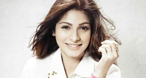Actress Tanishaa Mukerji spreads her charm in the Bigg Boss House again