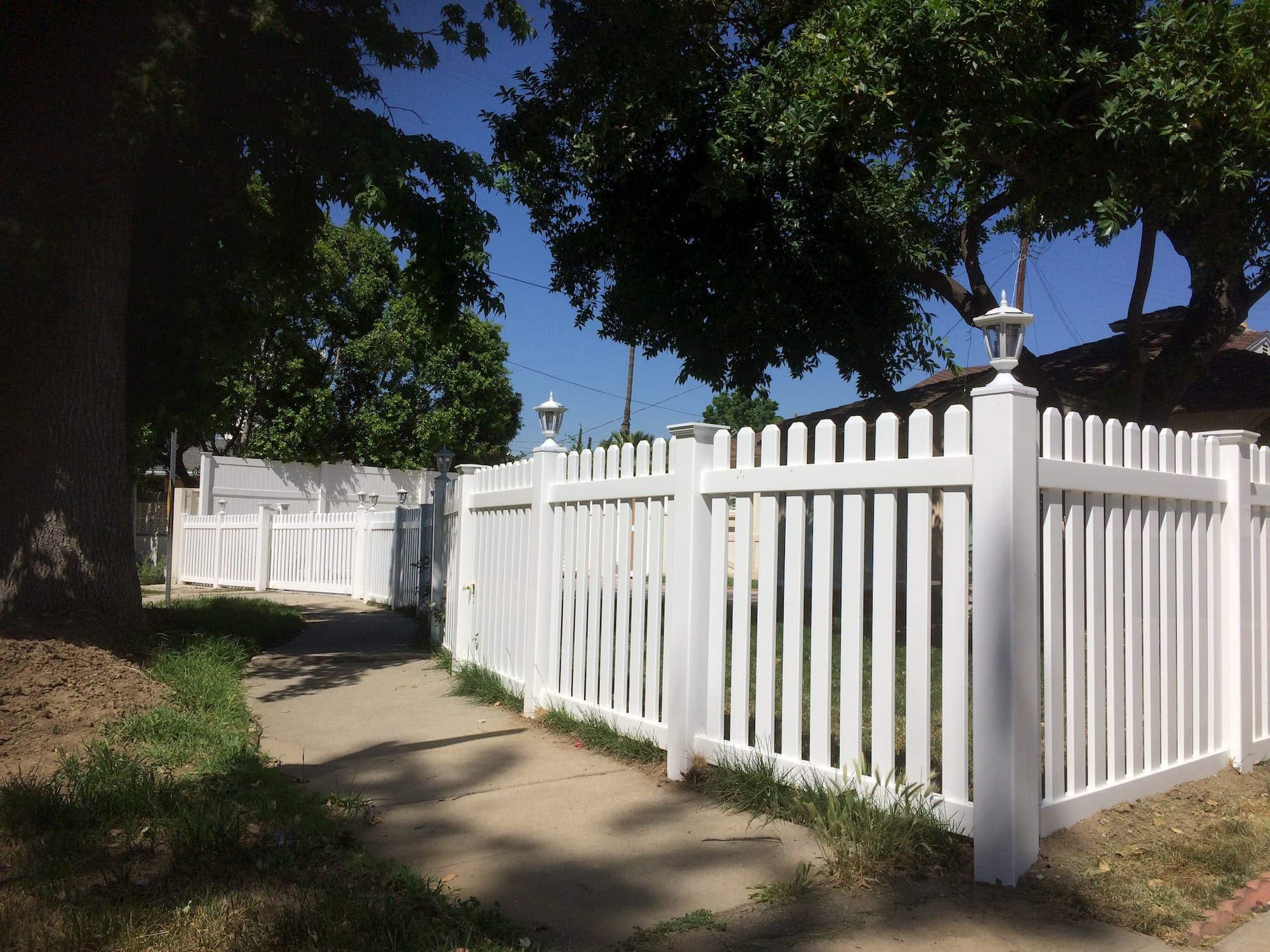 Vinyl Picket Fence