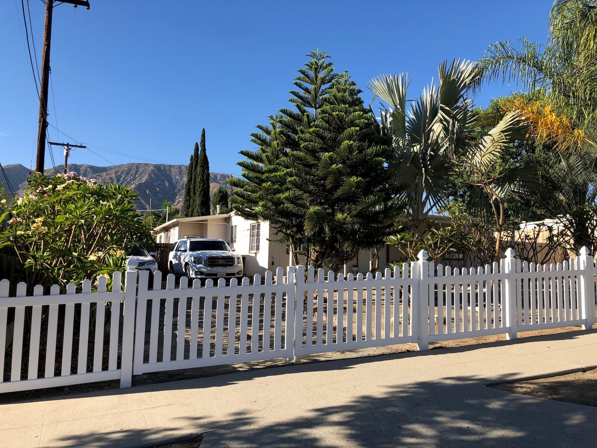 Vinyl Picket Fence West Hollywood