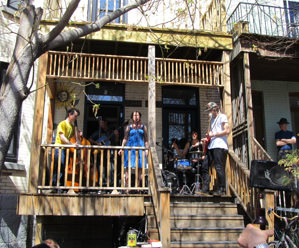 Filly & The Flops. NDG Porch Fest. Photo Evelyn Richardson-Haughey