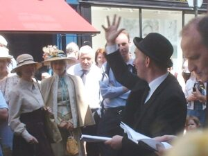 Bloomsday festivities taking place in Dublin, 2003. Photo credit: Flapdragon/Wikimedia Commons.
