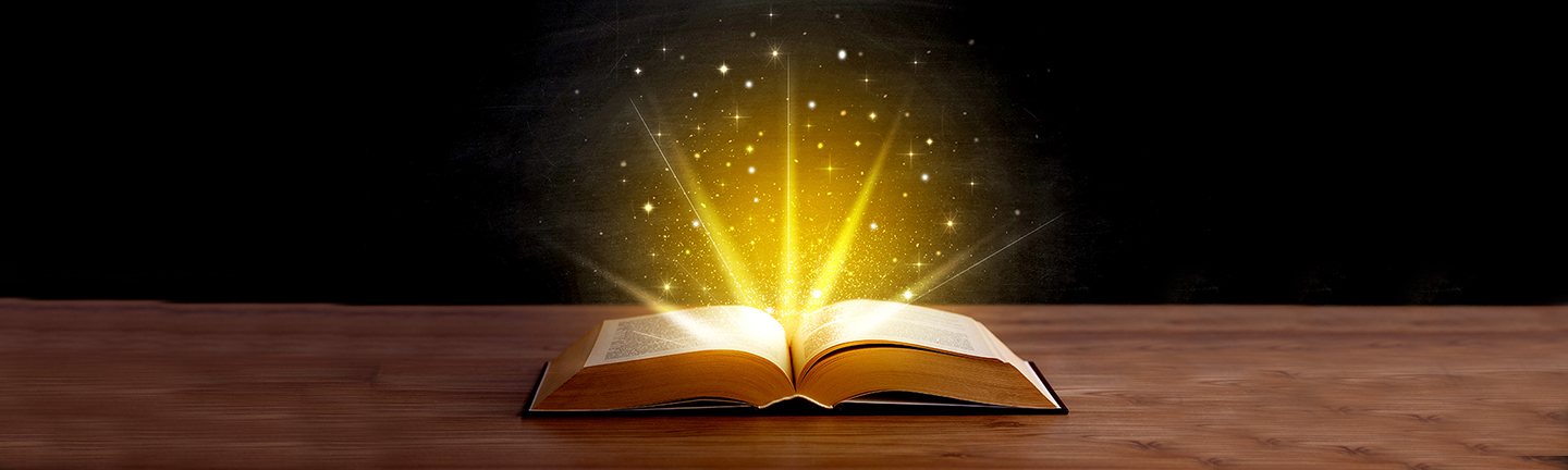 books banner with light