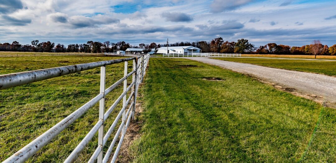 Horse Stable in Pelham Niagara