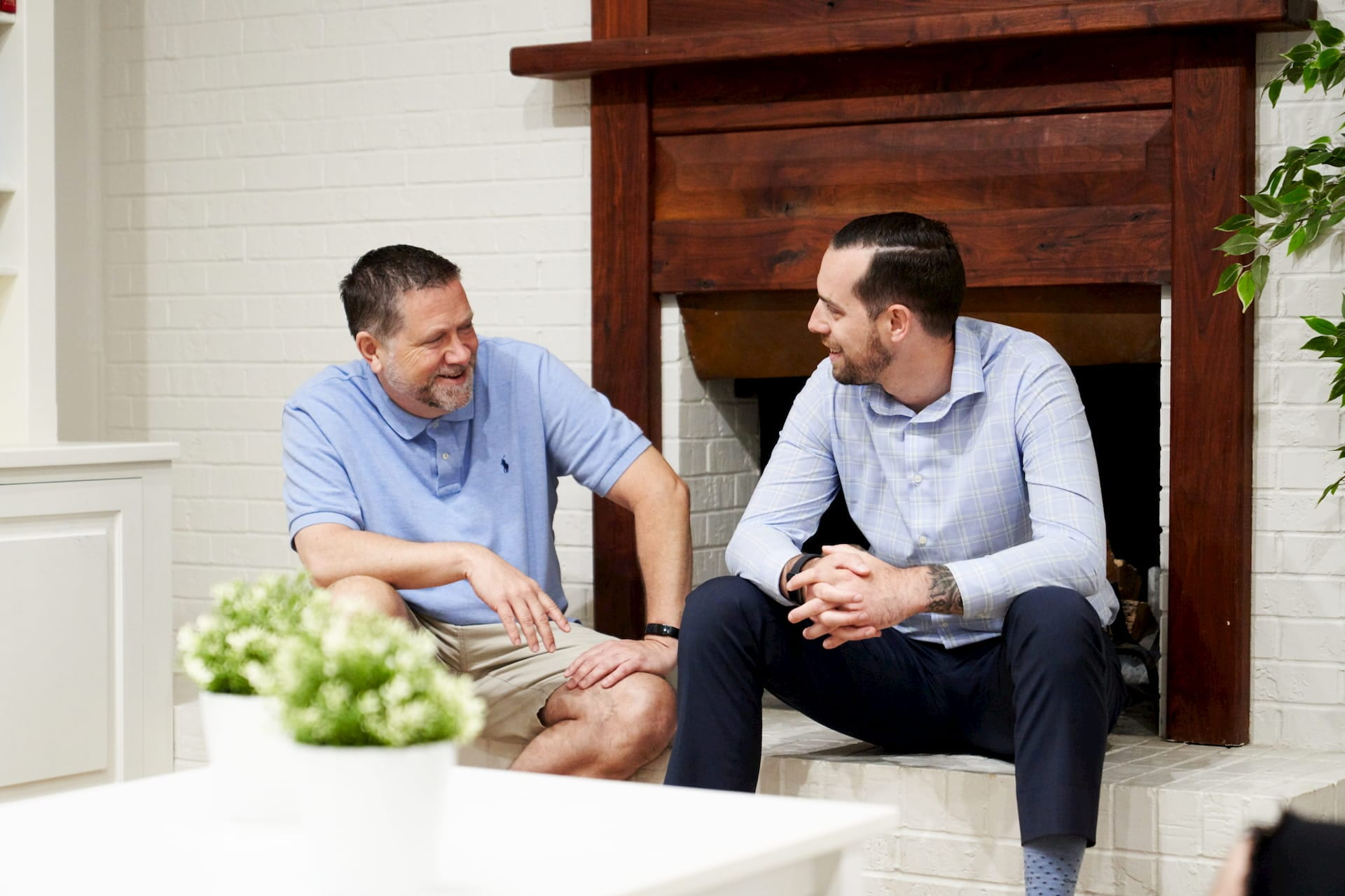 Two residents talking at the Lighthouse Recovery addiction treatment center in Dallas, TX.