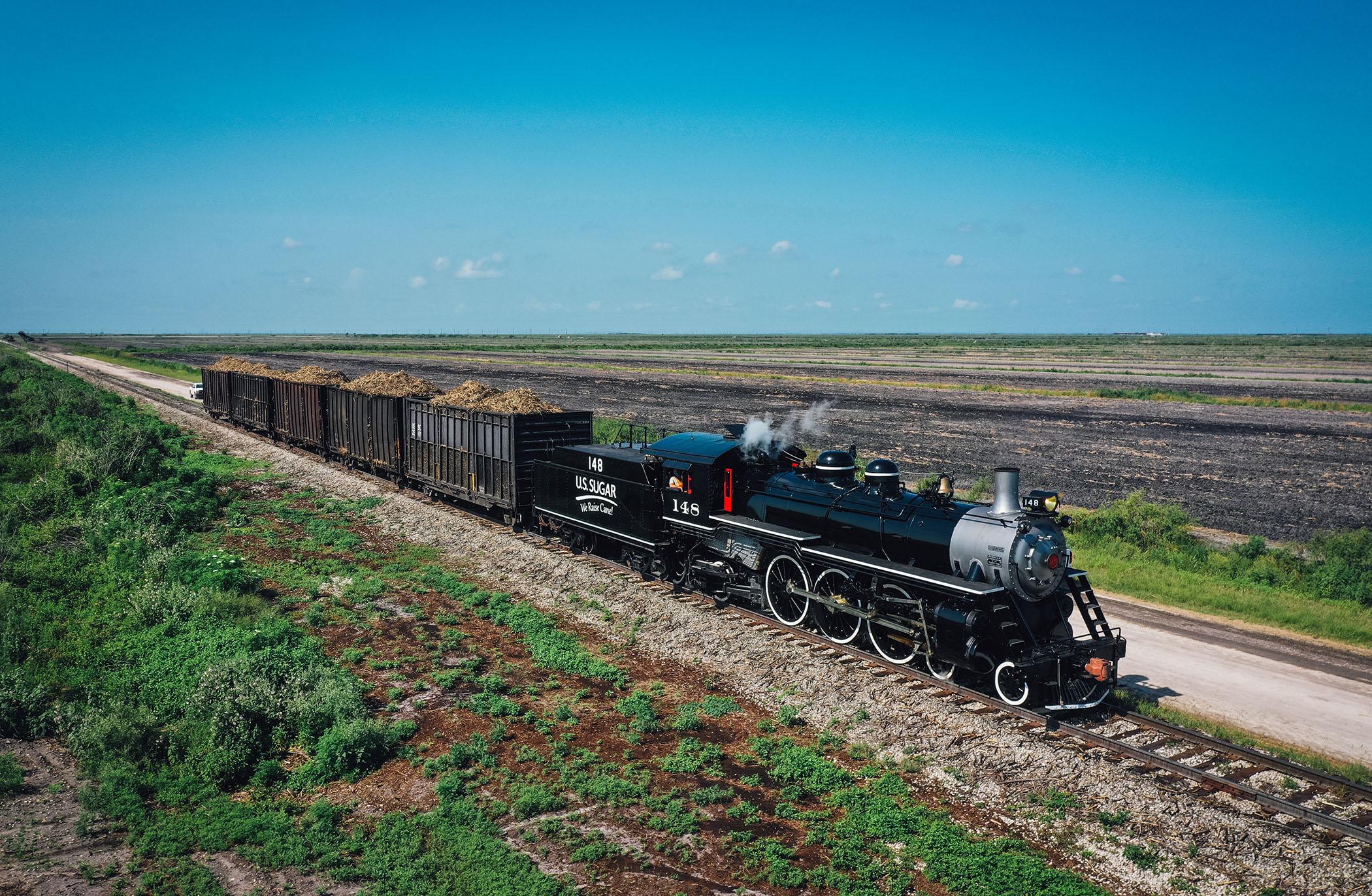 """U.S. Sugar Launches """"Sugar Express"""" Steam Train"""