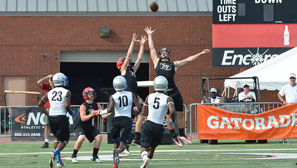 Football teams come to Hoover for 7-on-7 event