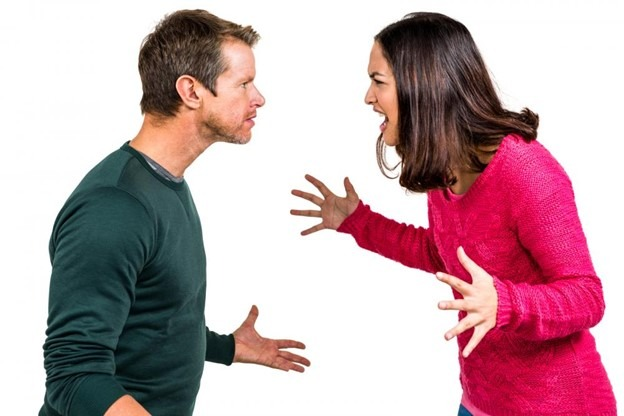 married couple arguing over the terms of their impending divorce, representing contested divorces