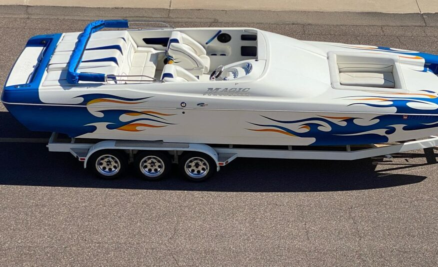 2004 Magic Scepter 28' Open Bow