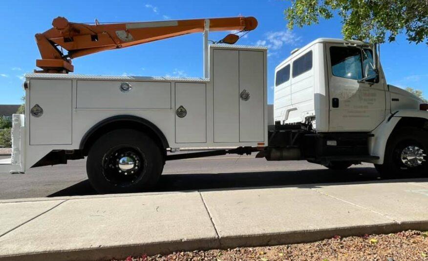 $24,900 – 2002 Freightliner FL 70