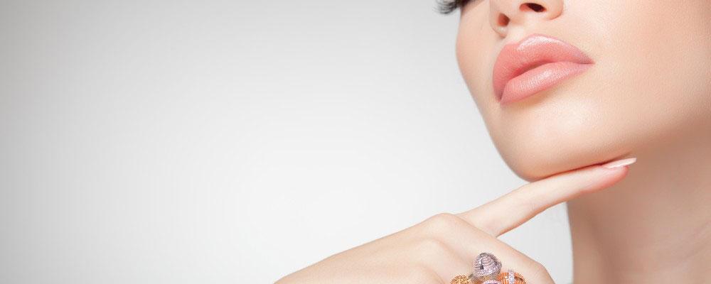 Preparing for a Facelift Procedure | Cosmetic Surgery Newport Beach
