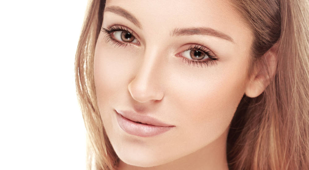 Huntington Beach Eyelid Surgery with Cosmetic Surgeon Dr. Tavoussi