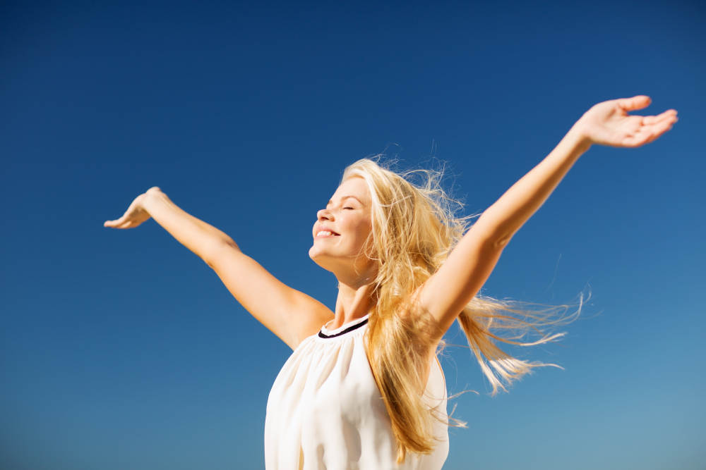 Dr. Tavoussi - Look Good in the New Year   Orange County Plastic Surgery