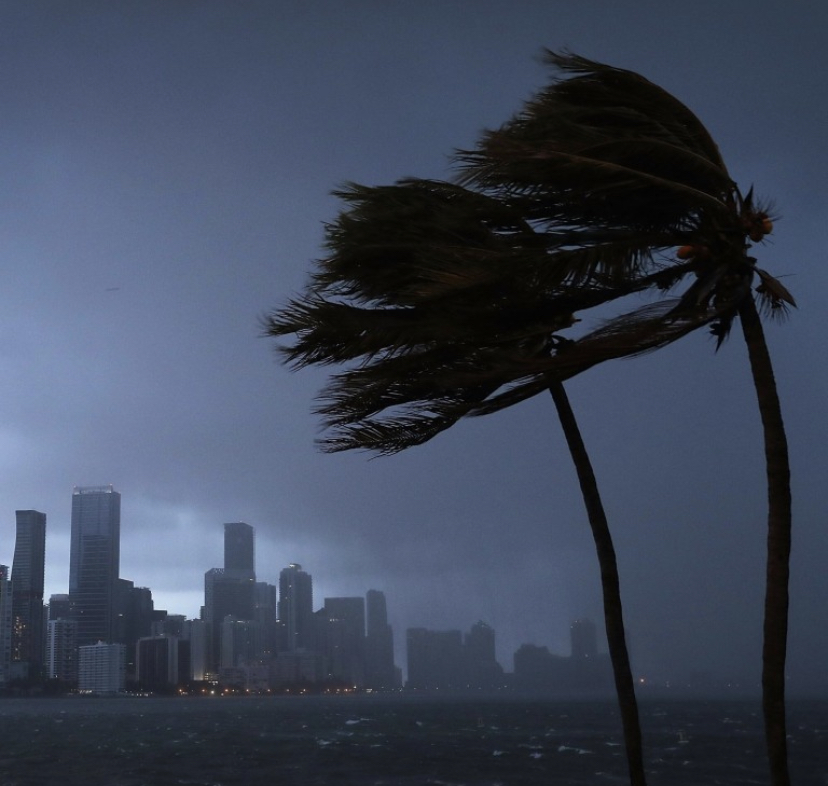 Photo-SCMP-US economy article Miami storm