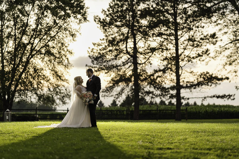 Millsite Lodge Wedding | Cleveland Photographer | Rachel and Michael