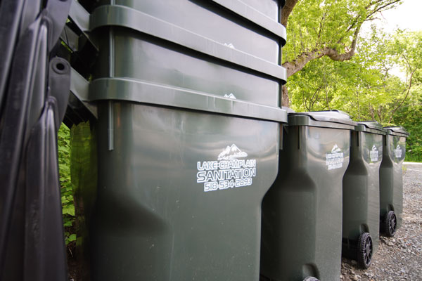 Trash-removal-service_curbside-garbage-pick-up-service-plattsburgh