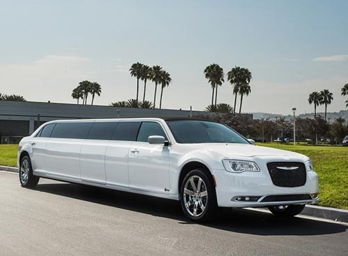 Chrysler 300 limo exterior