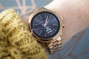 "nfc watch -- michael kors & fossil ""runway"""