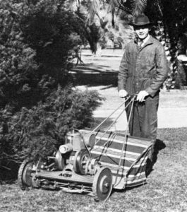 Oscar Jacobsen founds the company in 1921 and releases the 4-Acre Mower.