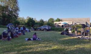 COVID social distancing concert