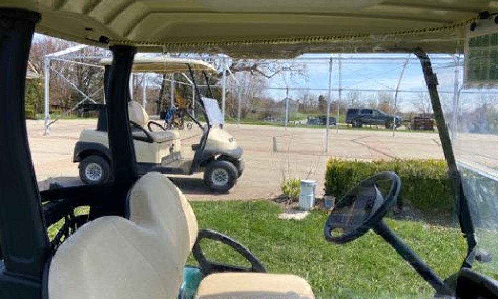 Wittek Golf cart divider