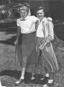 Mickey Wright & Anne Sander in 1952