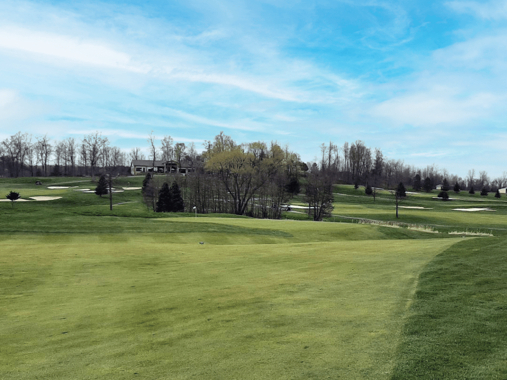 THE PAR-4 13TH AT RAVENWOOD WITH ITS DEVILISH GREEN SURROUNDS