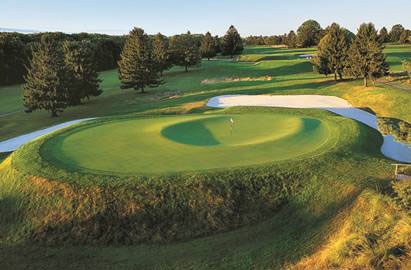 The Thumbprint Divides the 12th Green into Two Small Targets at Forsgate Banks Course's 12th
