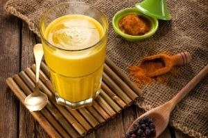 Turmeric Milk - Home Remedies