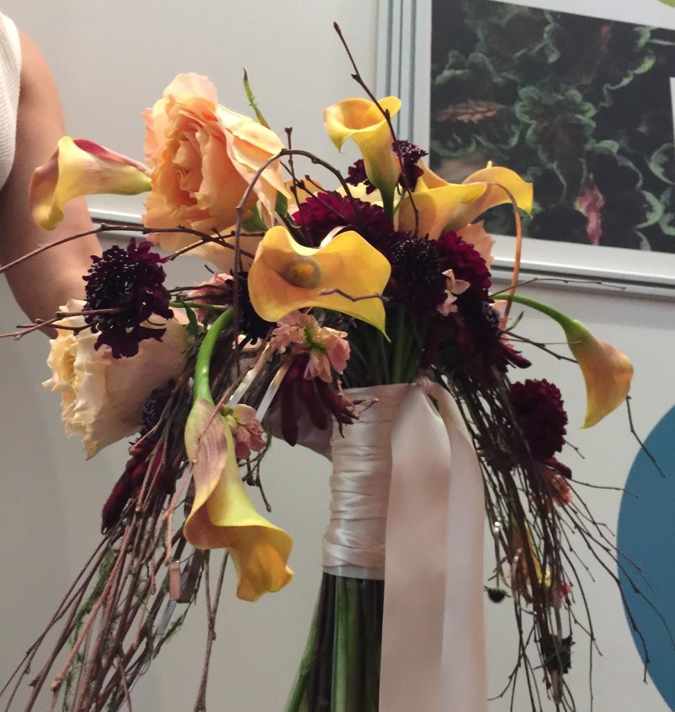 Custome Cresent Hand tie bouquet