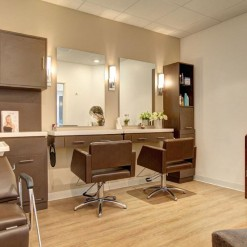 Regency Salon Double Studio