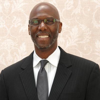 Pastor Bobby Hamilton – The Kitchen Table with Kenyatta Gilbert