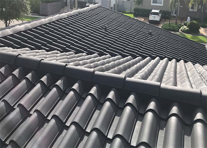 Samm services is a top Miami roof painting company