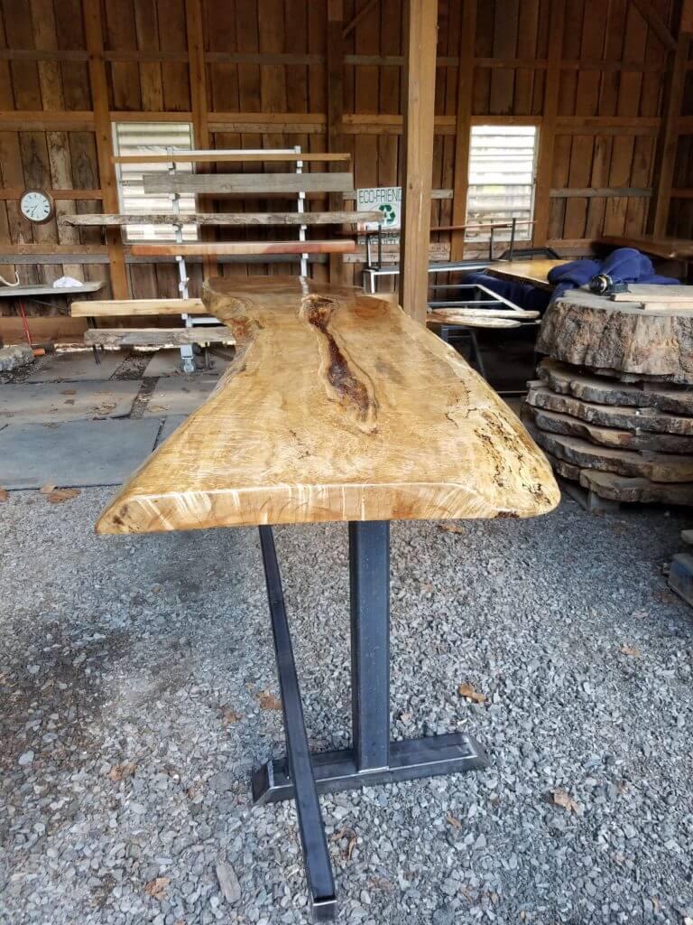 Maple Bar top glass cut in