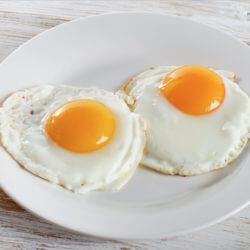 Eating eggs doesn't cause heart attacks.