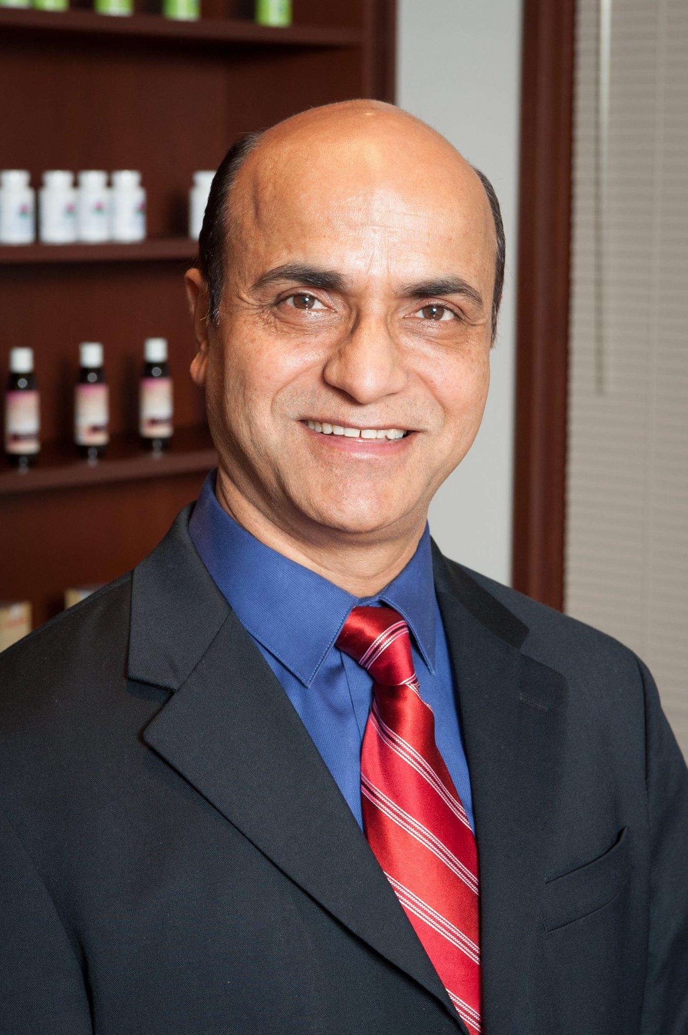 Dr Shailinder Sodhi
