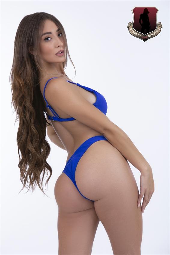 Gina8