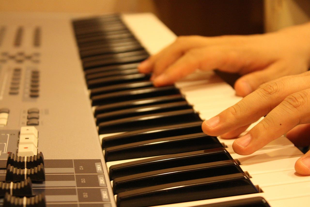 piano sales decline
