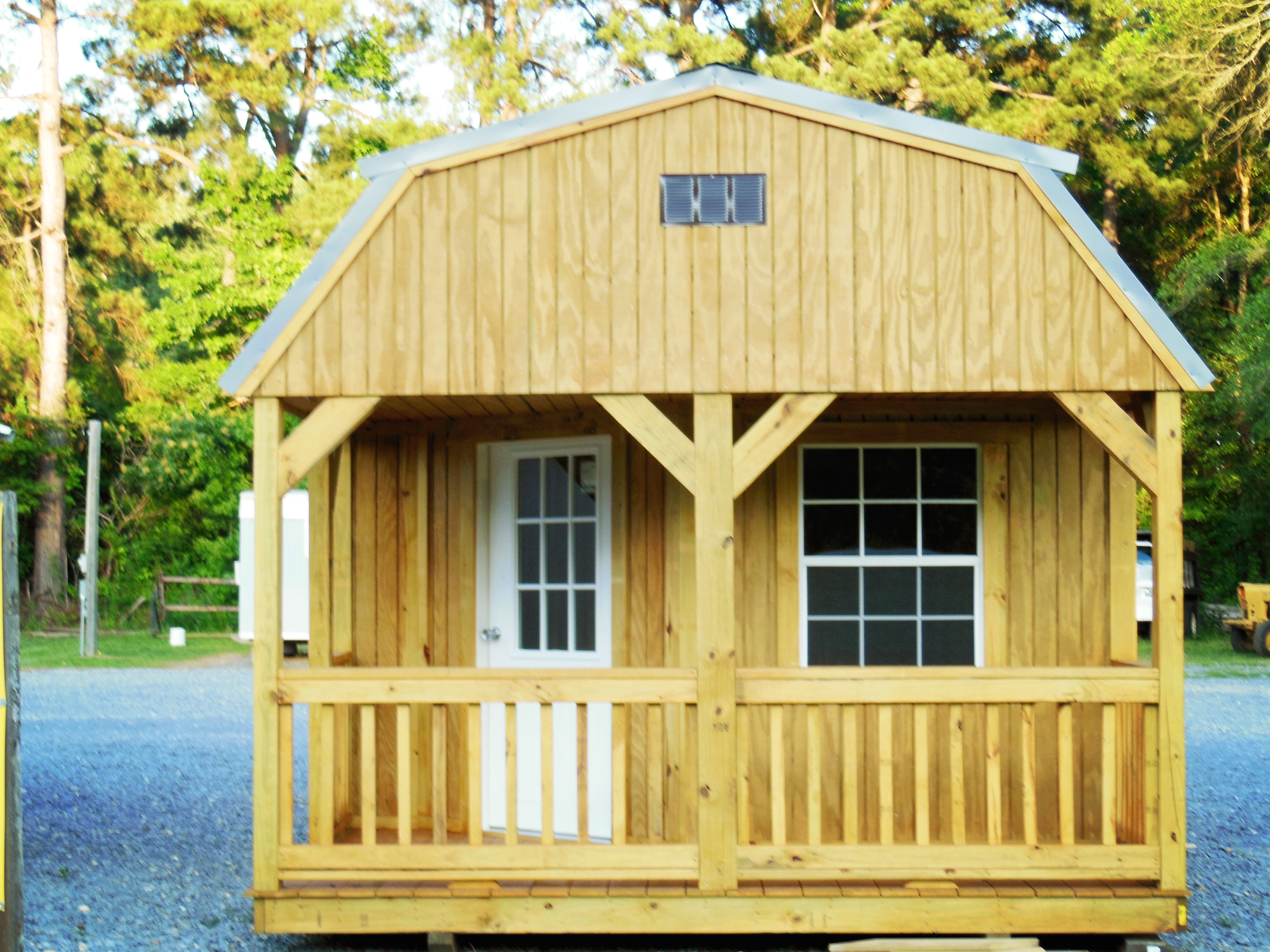 Deluxe Lofted Barn Cabin