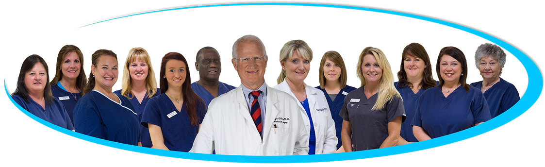 contact-doctor-douglas-brown-md-group-photo