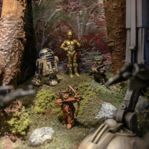 Star Wars AT-ST Diorama - Bandai AT-ST Imperial Assault C-3P0 and R2-D2, Minuature Ewoks
