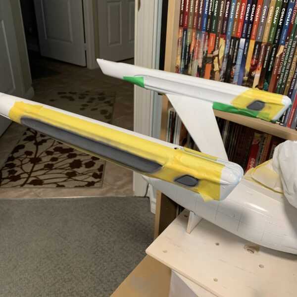 Polar Lights Refit Enterprise: Re-deco log, Part 2, painting the warp nacelle