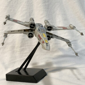 Revell X-Wing Fighter - front