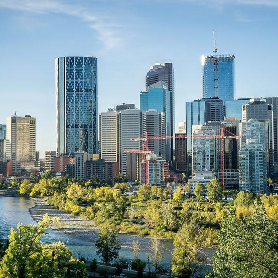 Downtown Calgary skyline on a summer morning, Alberta, Canada (Darko-HD Photography/Shutterstock)