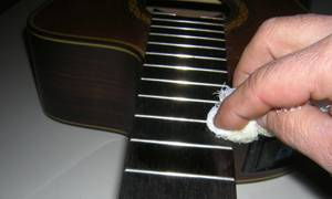 Cleaning a Classical Guitar Fingerboard 2