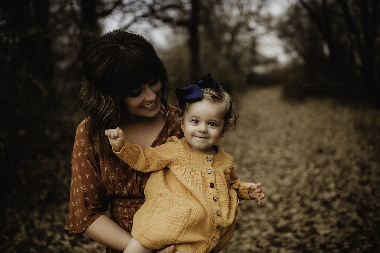 fall inspired family pictures