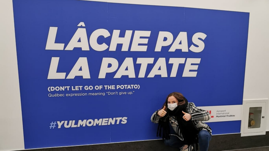 Publicité à l'aéroport de Montréal