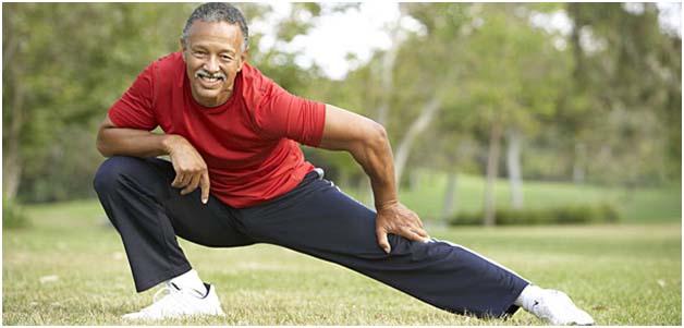 man doing knee exercise