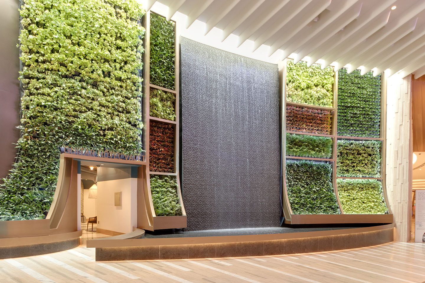 AgroSci Greenwall Installation at The Oculus
