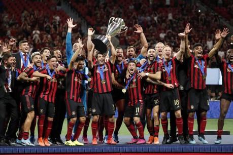 Atlanta United Lifts Trophy