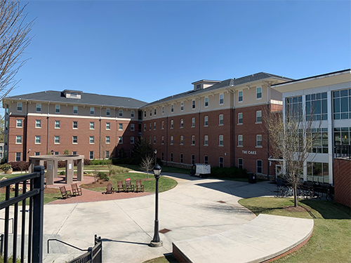 image of The Oaks residence hall